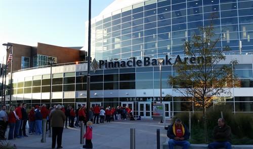 Project Team Visits Nebraskas Pinnacle Bank Arena The Esg Companies